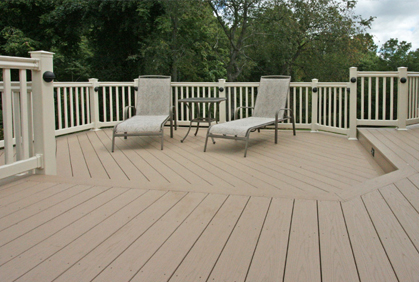 Vinyl decking pictures ideas design plans reviews - Vinyl railing reviews ...
