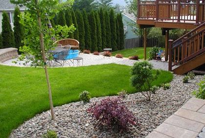 Pictures of small yard landscaping designs ideas and photos