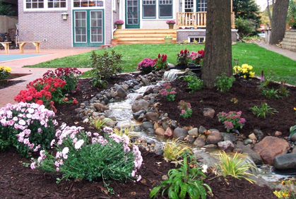 Top 2016 pictures of small front and backyard landscaping design ideas design ideas photos and diy makeovers