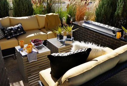 Most popular small outdoor patio tiny makeovers to appear large pictures with DIY design ideas and DIY plans